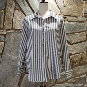 ***3 for $15 George Button Down Top sz Lg
